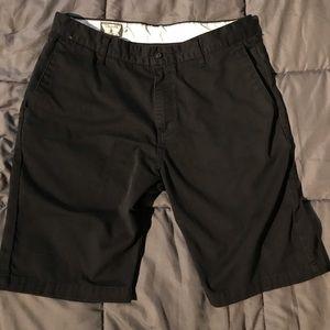 Volcom shorts size 33